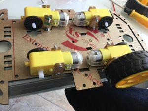 Resultado de imagen de coche 4x4 arduino